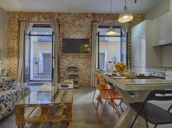 Amazing location, Luxury Design 2 BR, Quiet - Apartamento en Madrid
